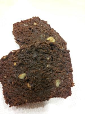 El brownie de plàtan i avellanes dels olletos